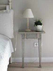 bedroom-1208001_1280